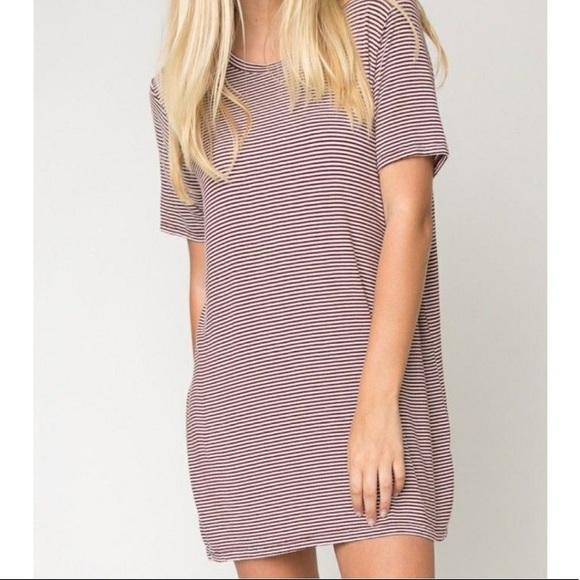 168bb11440 Brandy Melville Dresses & Skirts - Brandy Melville Luana Red Striped T  Shirt Dress